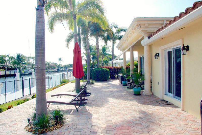 GARDEN ISLES POMPANO BEACH FLORIDA