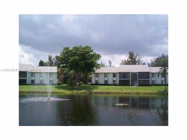 1109 Green Pine Boulevard, West Palm Beach FL 33409-