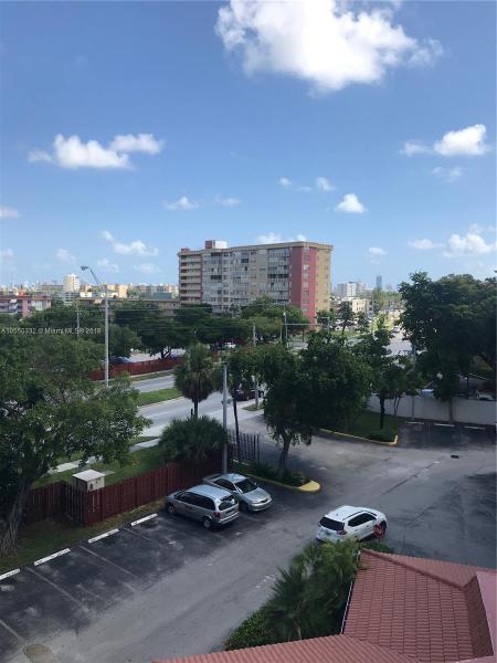 Miami Gardens, FL 33179- MLS#A10550332 Image 4