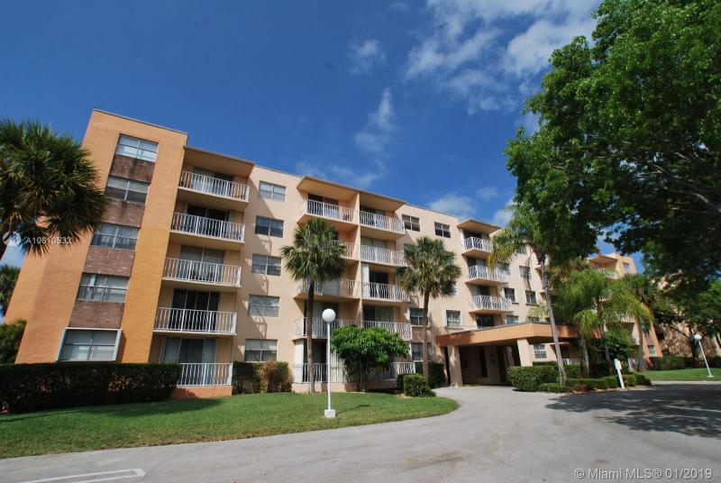 470  Executive Center Dr  Unit 1, West Palm Beach, FL 33401-