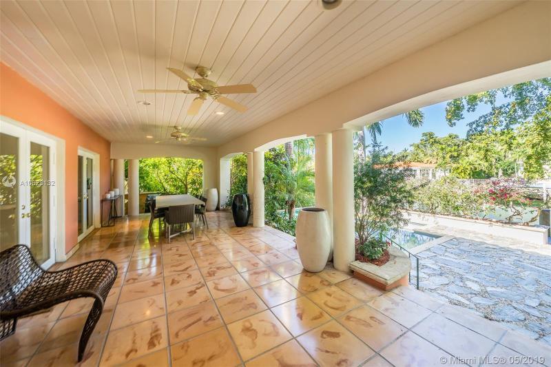 725 Vilabella Av, Coral Gables, FL, 33146
