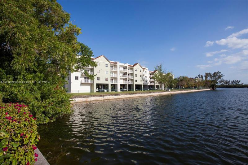 8260 SW 210th St  Unit 106 Cutler Bay, FL 33189-3471 MLS#A10641932 Image 12