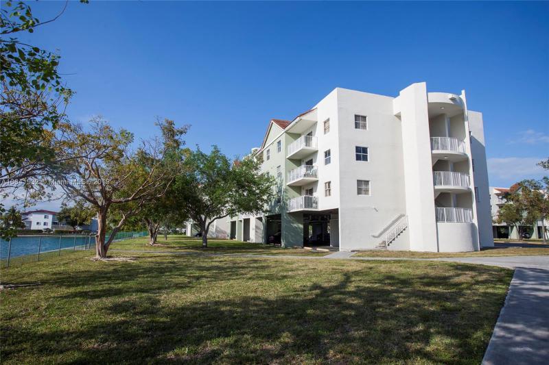 8260 SW 210th St  Unit 106 Cutler Bay, FL 33189-3471 MLS#A10641932 Image 13