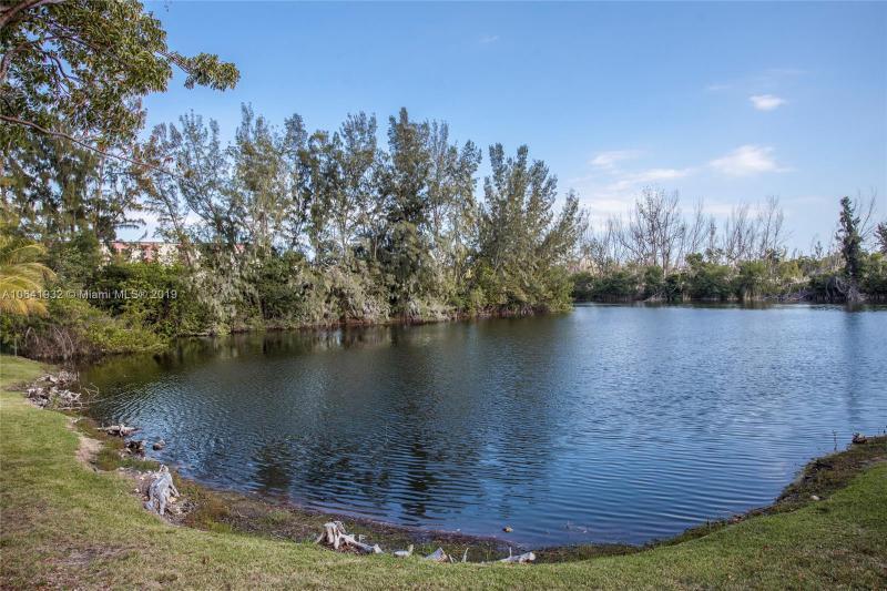 8260 SW 210th St  Unit 106 Cutler Bay, FL 33189-3471 MLS#A10641932 Image 16