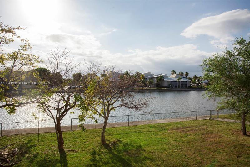 8260 SW 210th St  Unit 106 Cutler Bay, FL 33189-3471 MLS#A10641932 Image 17