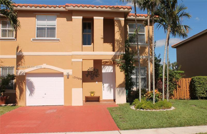 13265 NW 9th Ct , Pembroke Pines, FL 33028-3126