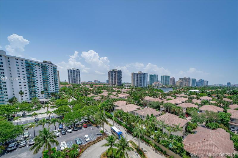 19370 Collins Ave. 922, Sunny Isles Beach, FL, 33160