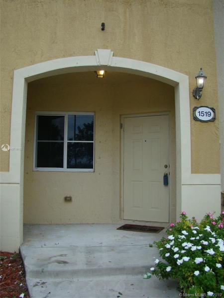 Photo of 1519 SE 31st Court #1519, Homestead, FL 33035
