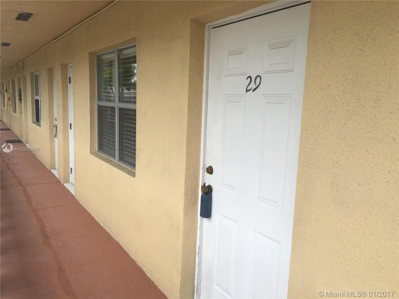 925 30th Ct , Wilton Manors, FL 33311