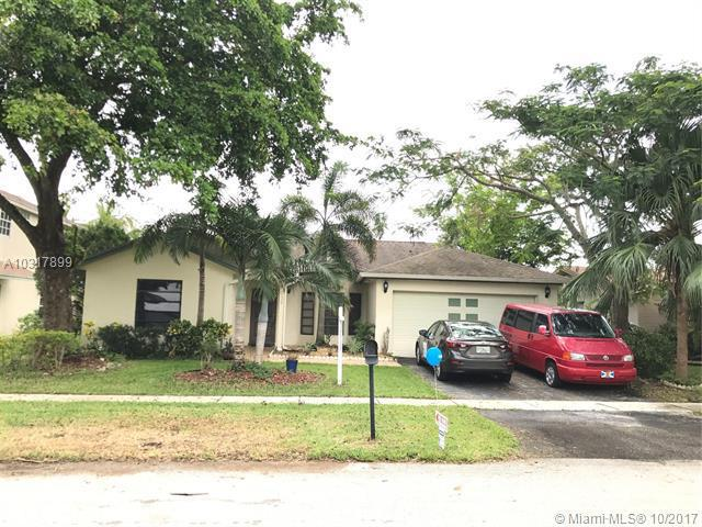 1535  Mira Vista Cir , Weston, FL 33327-1763