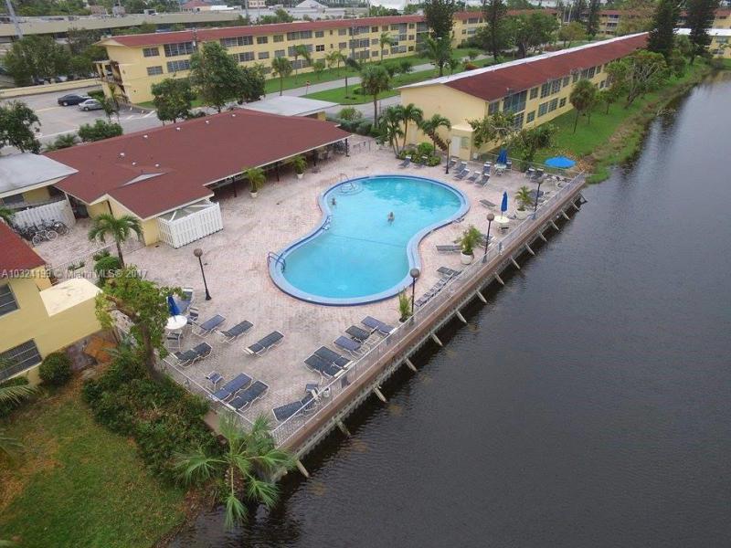 Photo of 2825 NE 201st Terrace #M214, Aventura, FL 33180