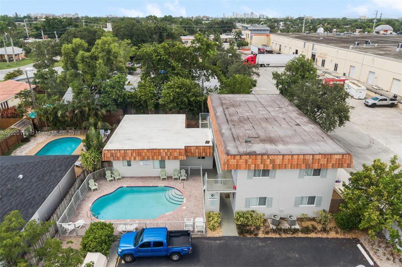 5156 NE 6th Ave  Unit 207, Oakland Park, FL 33334-3305