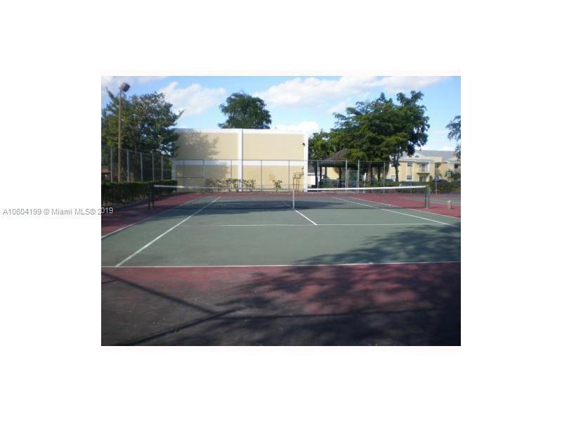 1791 NW 96th Ter  Unit 4 Pembroke Pines, FL 33024-3021 MLS#A10604199 Image 3