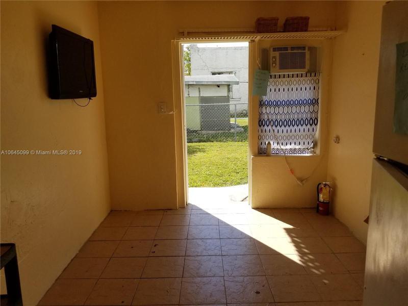 553 NW 35th St  Miami, FL 33127-3436 MLS#A10645099 Image 3