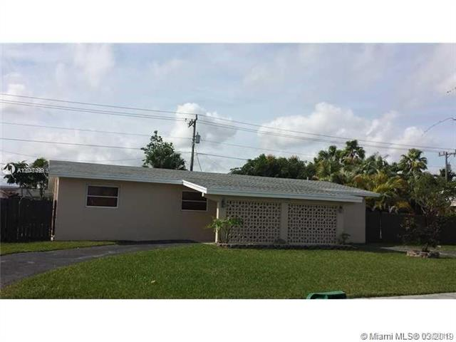 10471 SW 202nd Ter , Cutler Bay, FL 33189-1345