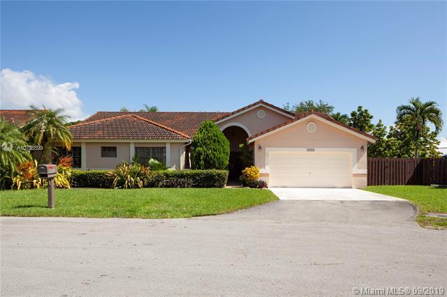 15053 SW 43rd Ln,  Miami, FL