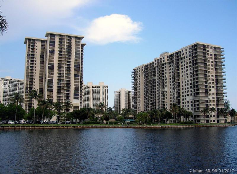 18181 31st Ct  Unit 206, Aventura, FL 33160