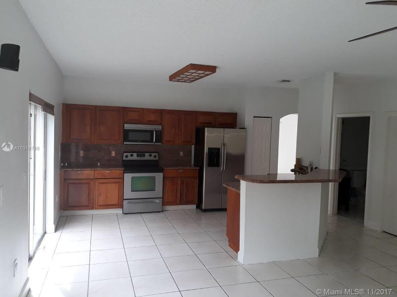11213 nw  73 st , Doral, FL 33178-
