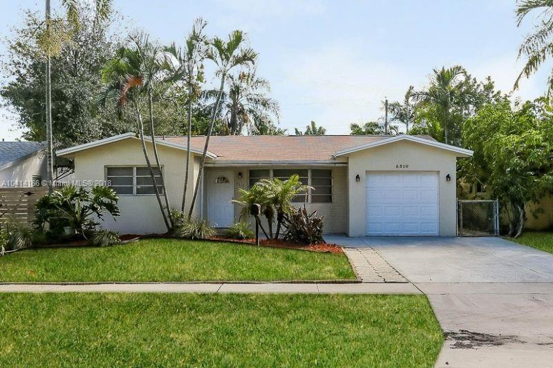 4314 Taft St, Hollywood FL 33021-4259