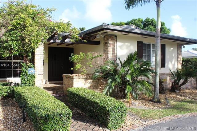 A10435566 - 15203 Sw 87th Ave Palmetto Bay FL 33157 in Coral Reef ...
