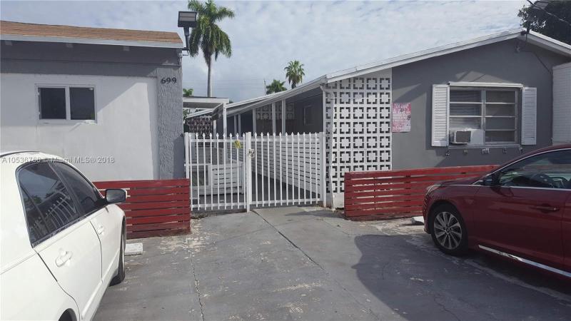 1801 NW 115th St , Miami, FL 33167-2705