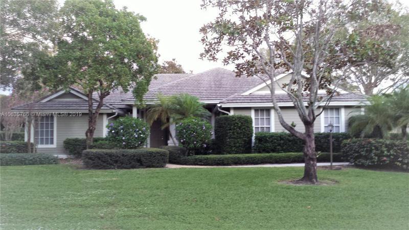 1948 NW Palmetto Terrace , Stuart, FL 34994-