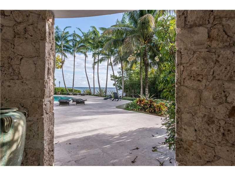 For Sale at  3090   Munroe Dr Coconut Grove  FL 33133 - Biscayne Camp - 5 bedroom 6 bath A10211033_4