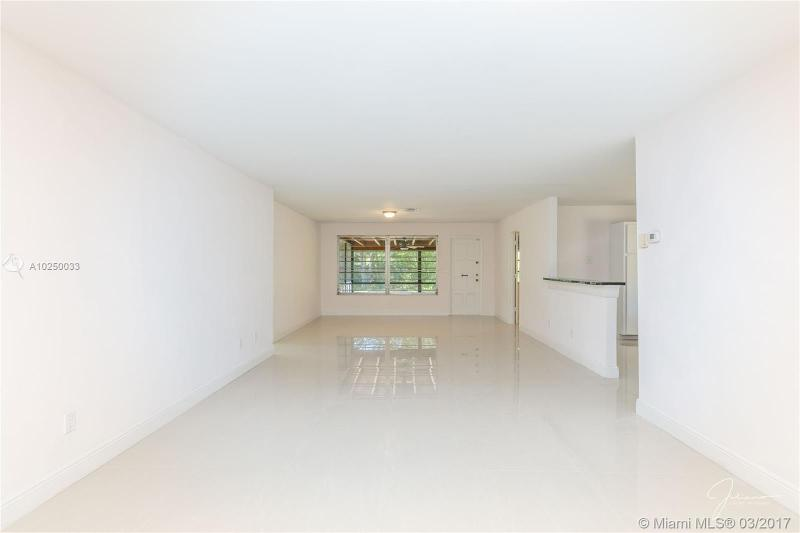 For Sale at  2279 NE 174Th Ter North Miami Beach  FL 33160 - Fulford By The Sea Sec C - 3 bedroom 2 bath A10250033_19