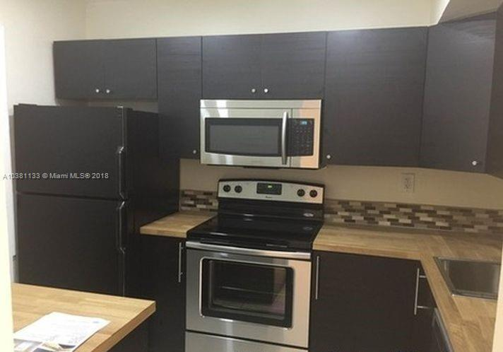 3530  NW 52nd Ave  Unit 412, Lauderdale Lakes, FL 33319-