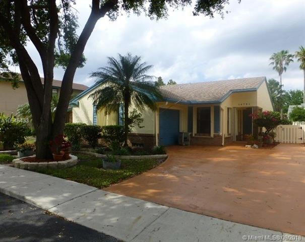13870 NE Langley Pl , Davie, FL 33325-6406