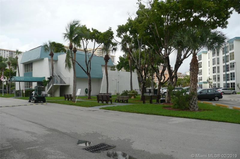 200 177th Dr 103, Sunny Isles Beach, FL, 33160