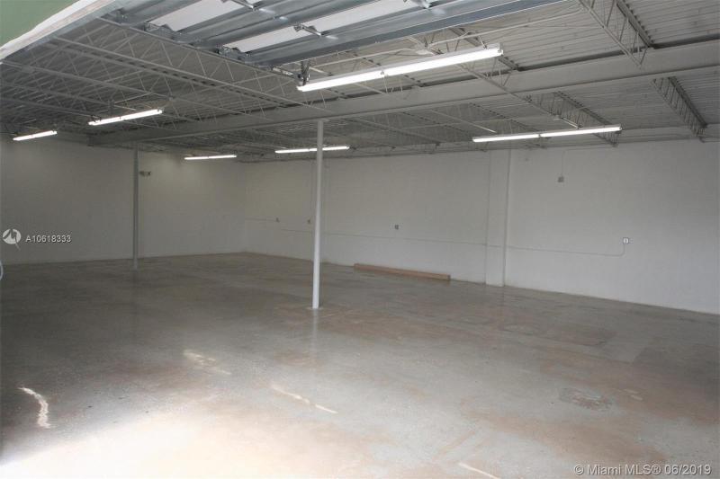 916 N Flagler Ave  Homestead, FL 33030-4905 MLS#A10618333 Image 7