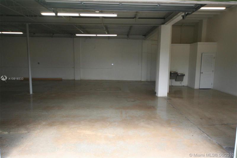 916 N Flagler Ave  Homestead, FL 33030-4905 MLS#A10618333 Image 8