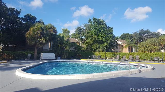4304 NW 9th Ave  Unit 2, Deerfield Beach, FL 33064-1747