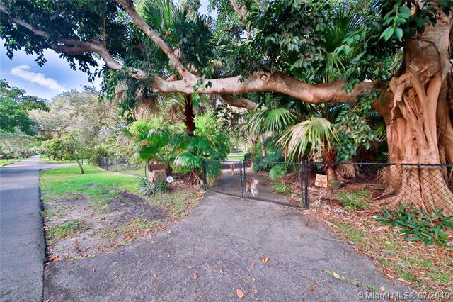 12100 SW 64th Ave, Pinecrest, FL, 33156