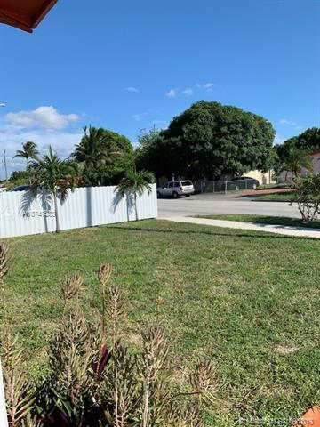 1321 W 34th St, Hialeah, FL, 33012