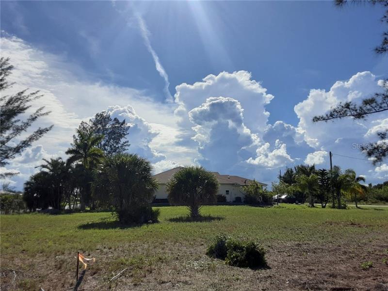 10325  MONTICELLO,  PORT CHARLOTTE, FL