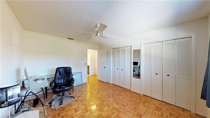 8140 N TERRACE GARDEN 204, ST PETERSBURG, FL, 33709