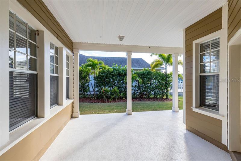 606 ISLEBAY, APOLLO BEACH, FL, 33572