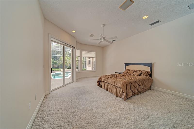 9649 NW 18TH AVENUE, BRADENTON, FL, 34209
