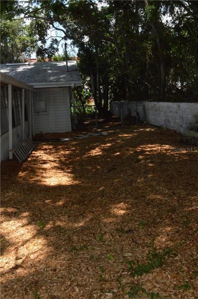 160 E LAKESHORE, CLERMONT, FL, 34711