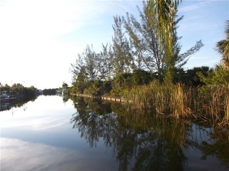 15049  APPLETON,  PORT CHARLOTTE, FL