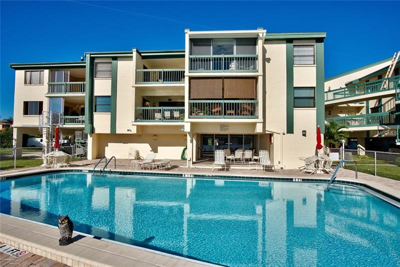 326 2B  WINDRUSH,  INDIAN ROCKS BEACH, FL