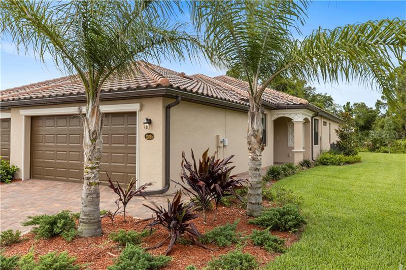12627  GARIBALDI,  VENICE, FL