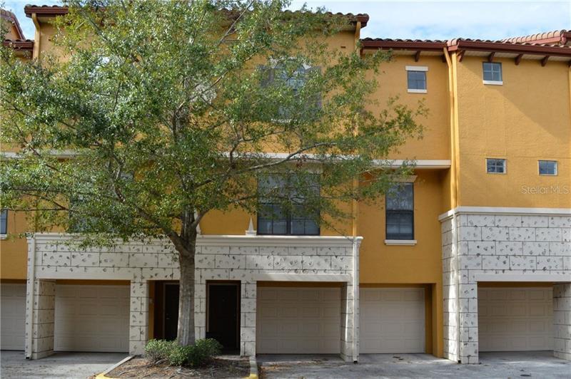 O5555368 Orlando Waterfront Condos, Condo Buildings, Condominiums FL