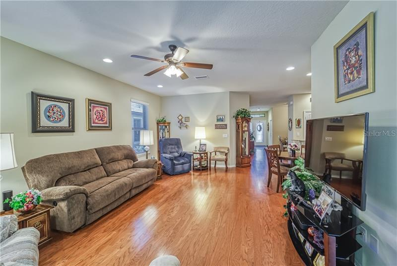 5619 SUNSET FALLS, APOLLO BEACH, FL, 33572
