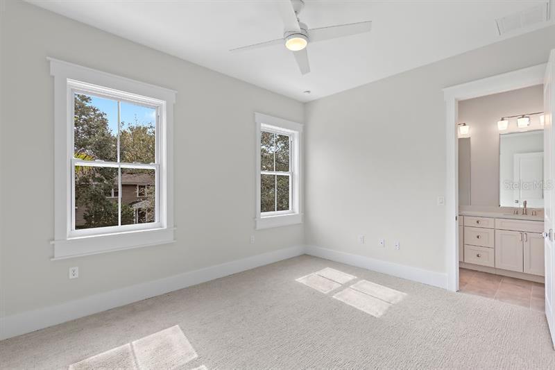 245 NE 18TH, ST PETERSBURG, FL, 33704