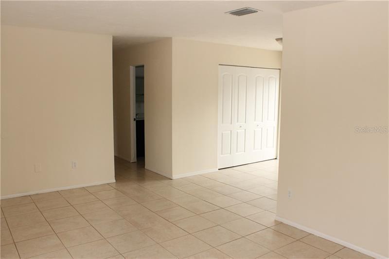 9051 N 8, ST PETERSBURG, FL, 33702