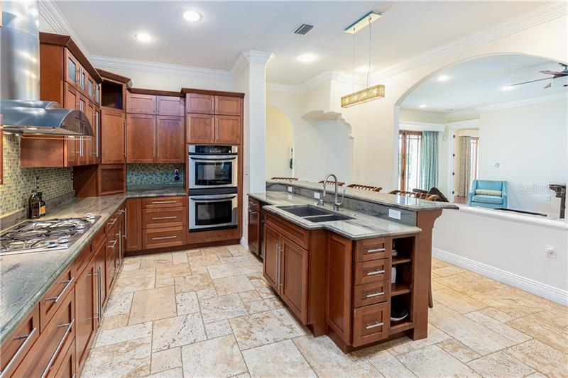 1710 OAKHURST, WINTER PARK, FL, 32789