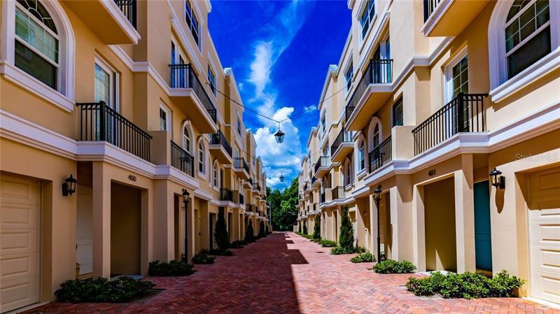 428 N REGENT, ST PETERSBURG, FL, 33701